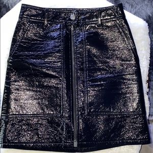 H&M faux-leather glossed Textured mini skirt 6